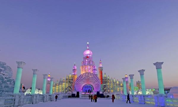 用冰雕做的城市你見過嗎?名列世界20大節日的 哈爾濱冰雪節!
