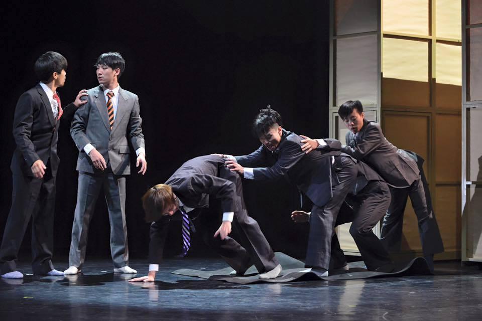 踏出現代舞的自由步伐???? 清點台灣知名現代舞團(驫舞劇場專題報導)