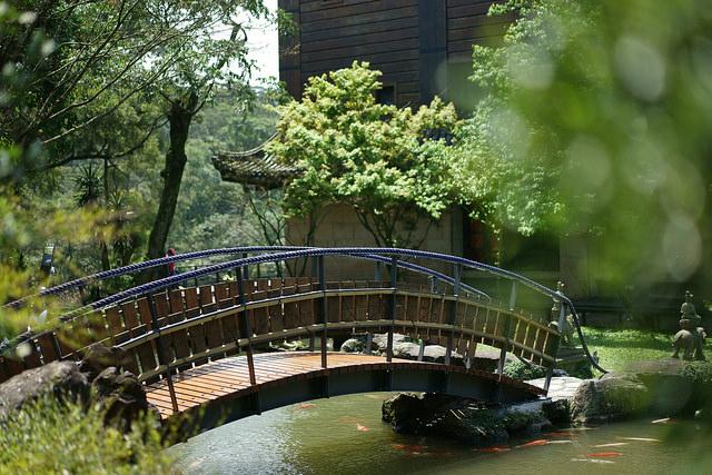 不用到京都也能欣赏日式庭园隐身於淡水的禅修寺院,让你一秒变日本人