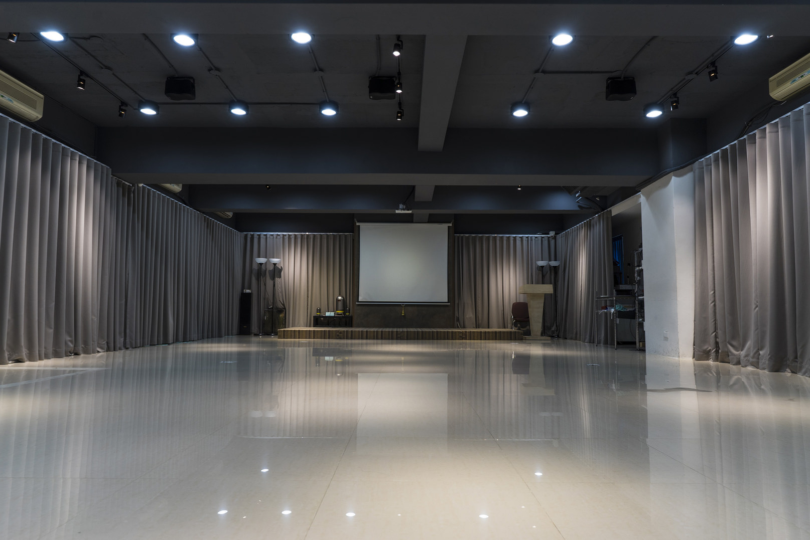 【活動場地】台北 – 盈創中心。隱藏台北市中心的豪華活動場地