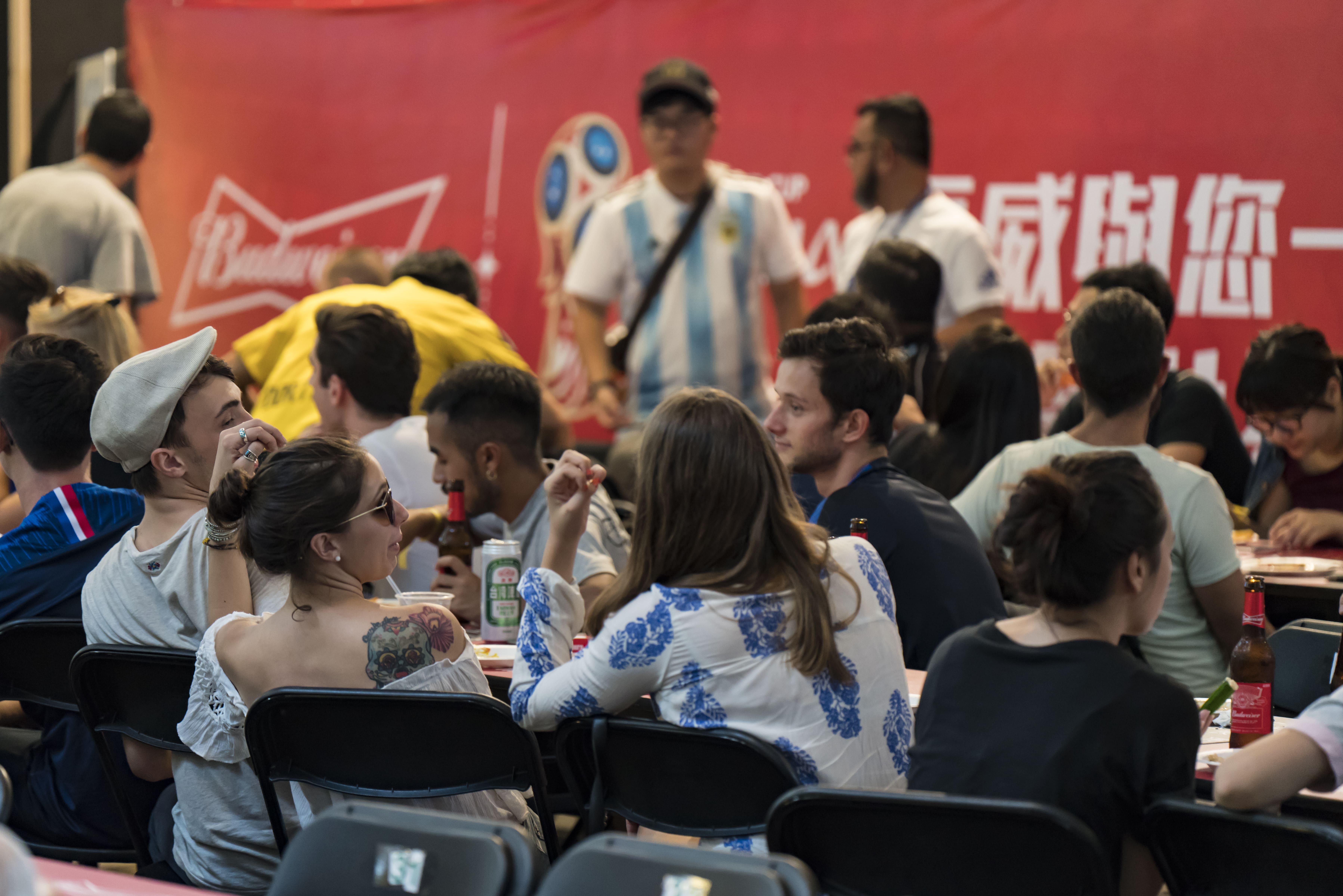 【世足去哪看】找三五MAJI,吃一二好店,集食行樂看足球就是這麼輕鬆!