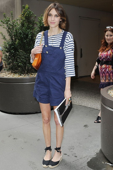 VOGUE_12_dungarees