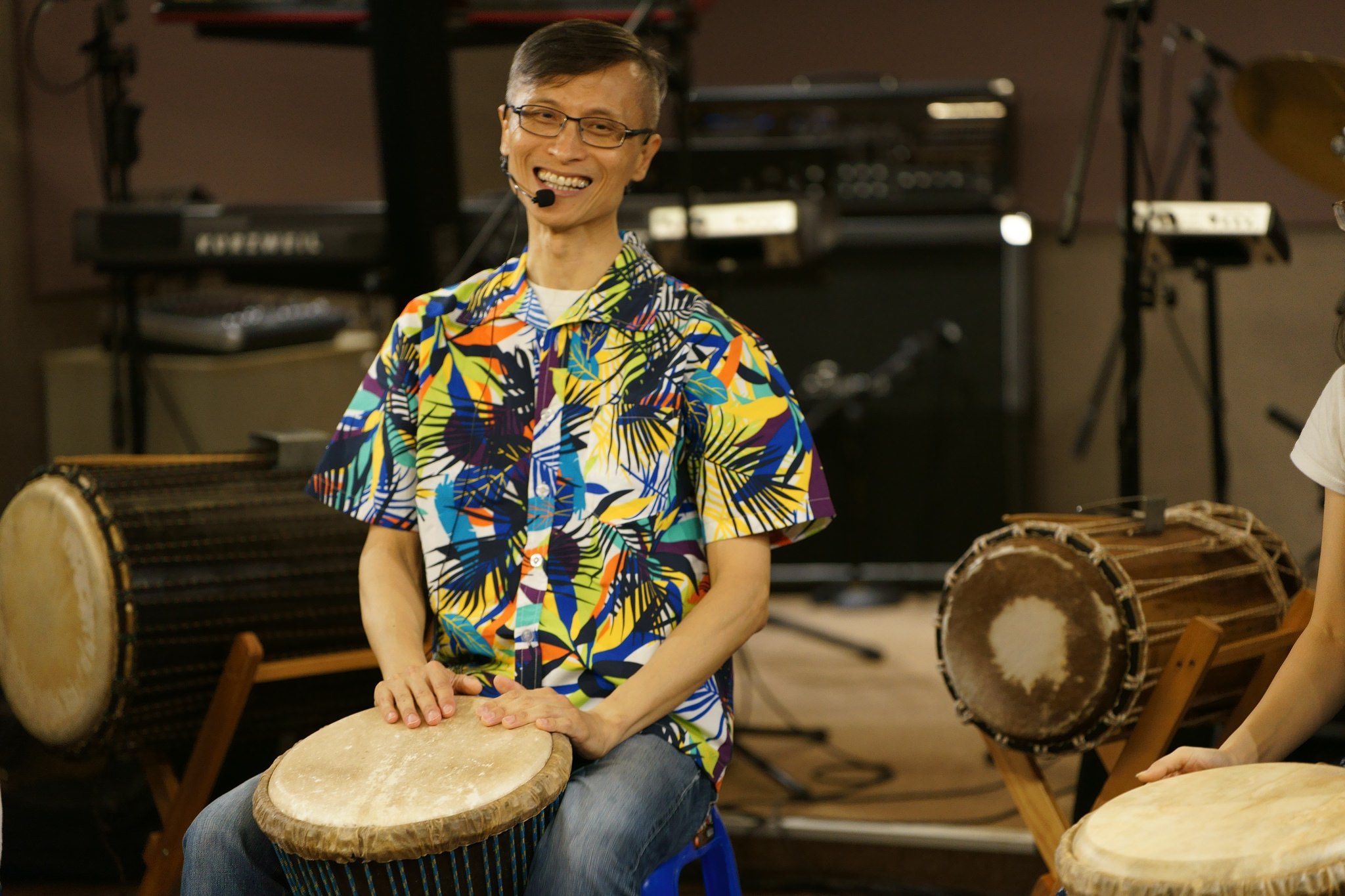 【生活誌專訪】都市中的非洲鼓手 – 趙偉竣。在每次打擊下,感受最原始的生命脈動!