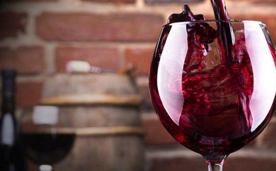 【新手必喝】新手想入門法國葡萄酒?從這4款必喝的紅酒開始吧!