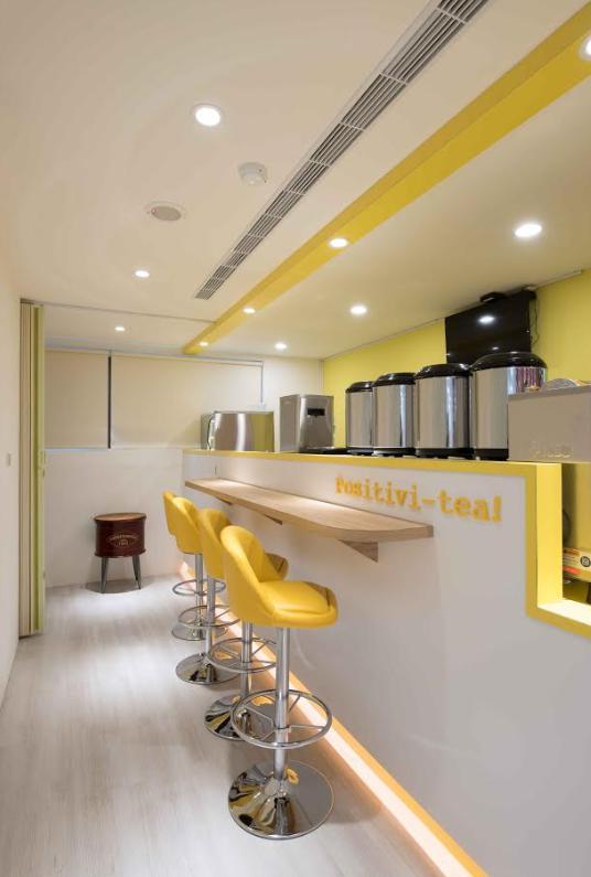 【SW6找場地】藏身大樓裡的特色飲料與經濟實惠的樂活樂學租借空間。